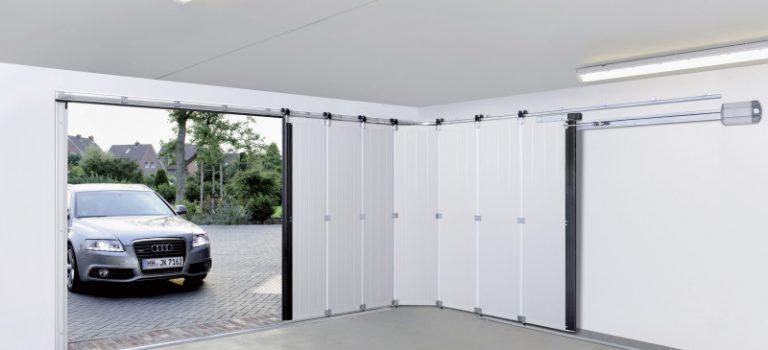 Porte de garage coulissante : quels avantages ?